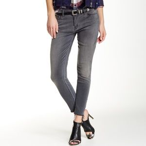 Mother Jeans Looker Ankle Fray In Deep Voodoo